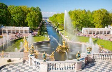 Peterhof_Palace_saintpetersburg_russia