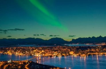 northern-norway-aurora-over-tromso